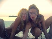 Мария Игнатова и Алекс Раева от Малдивите - диви и секси width=