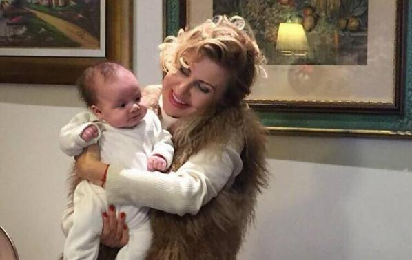 Илияна Раева - баба за милиони