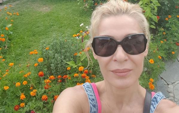 Гала сподели снимки от своята лятна ваканция