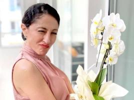 Саня Армутлиева отпразнува рожден ден на парти с приятели