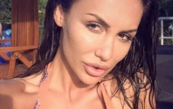 Моника Валериева се раздели с годеника си