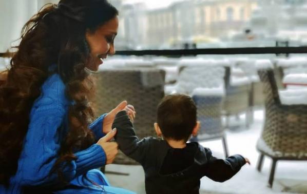Мария Илиева отпразнува първи рожден ден на сина си