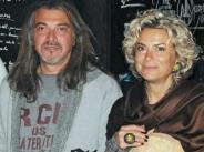 Уникална снимка! Ето как са изглеждали Маги и Кремена Халваджиян в началото на своята връзка width=