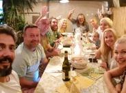 Маги Халваджиян заведе приятели и рода в Италия